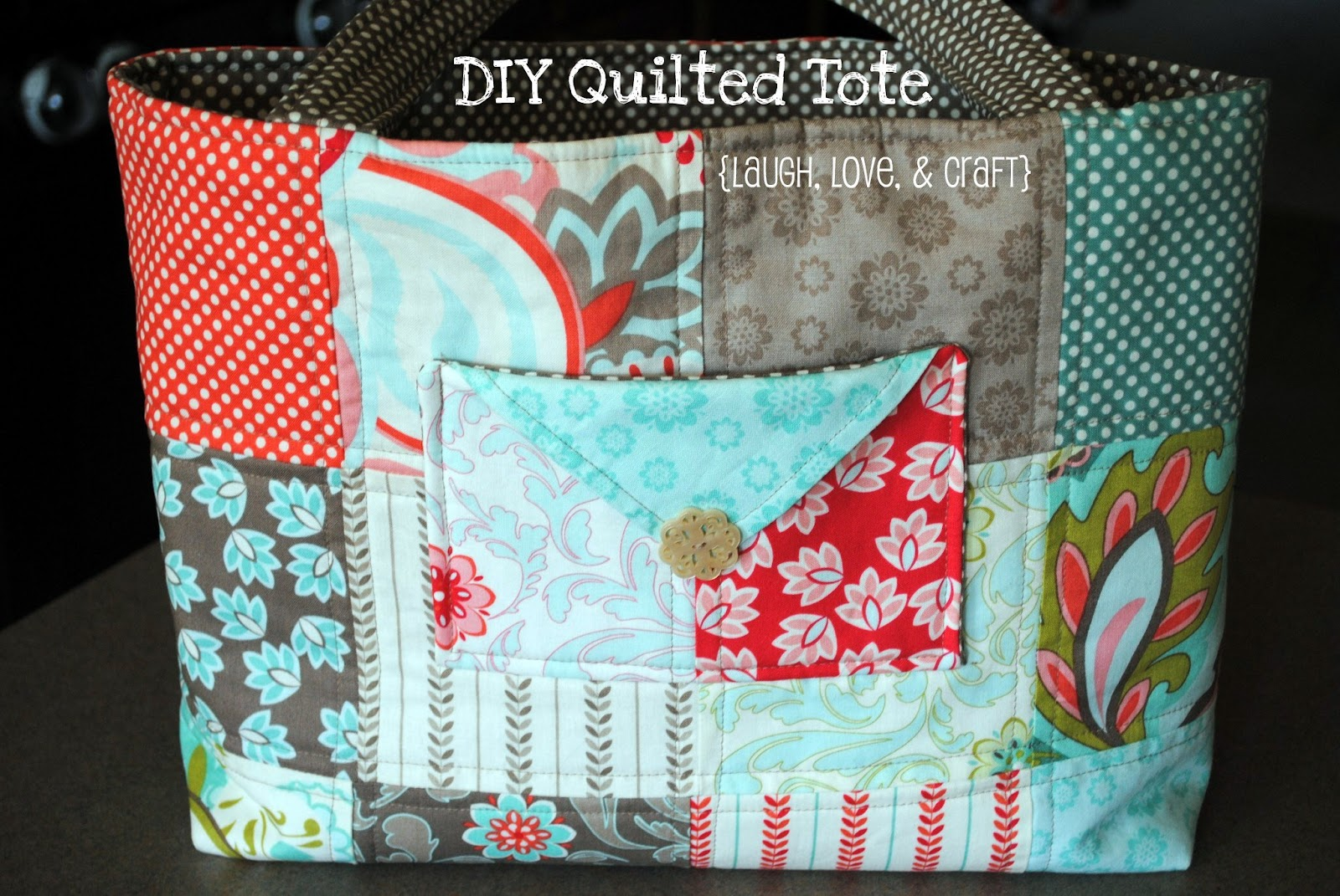 laugh love and craft diy quilted tote bag. Black Bedroom Furniture Sets. Home Design Ideas