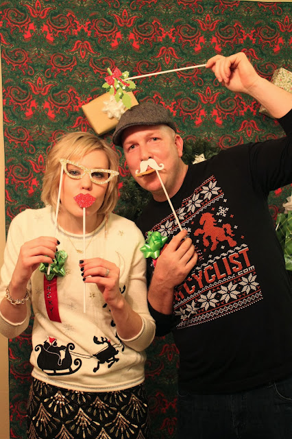 crafty texas girls tacky sweater party and diy photo booth