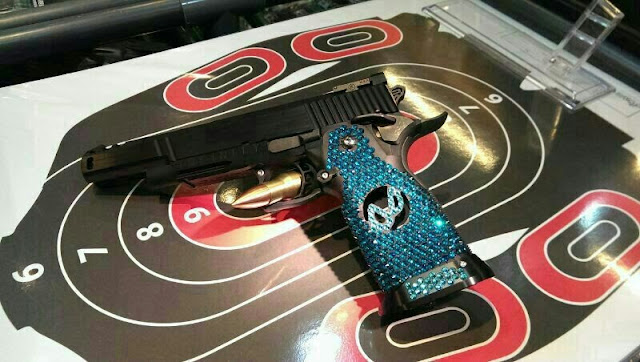 Prime Aluminum Grip encrusted with Rhinestones