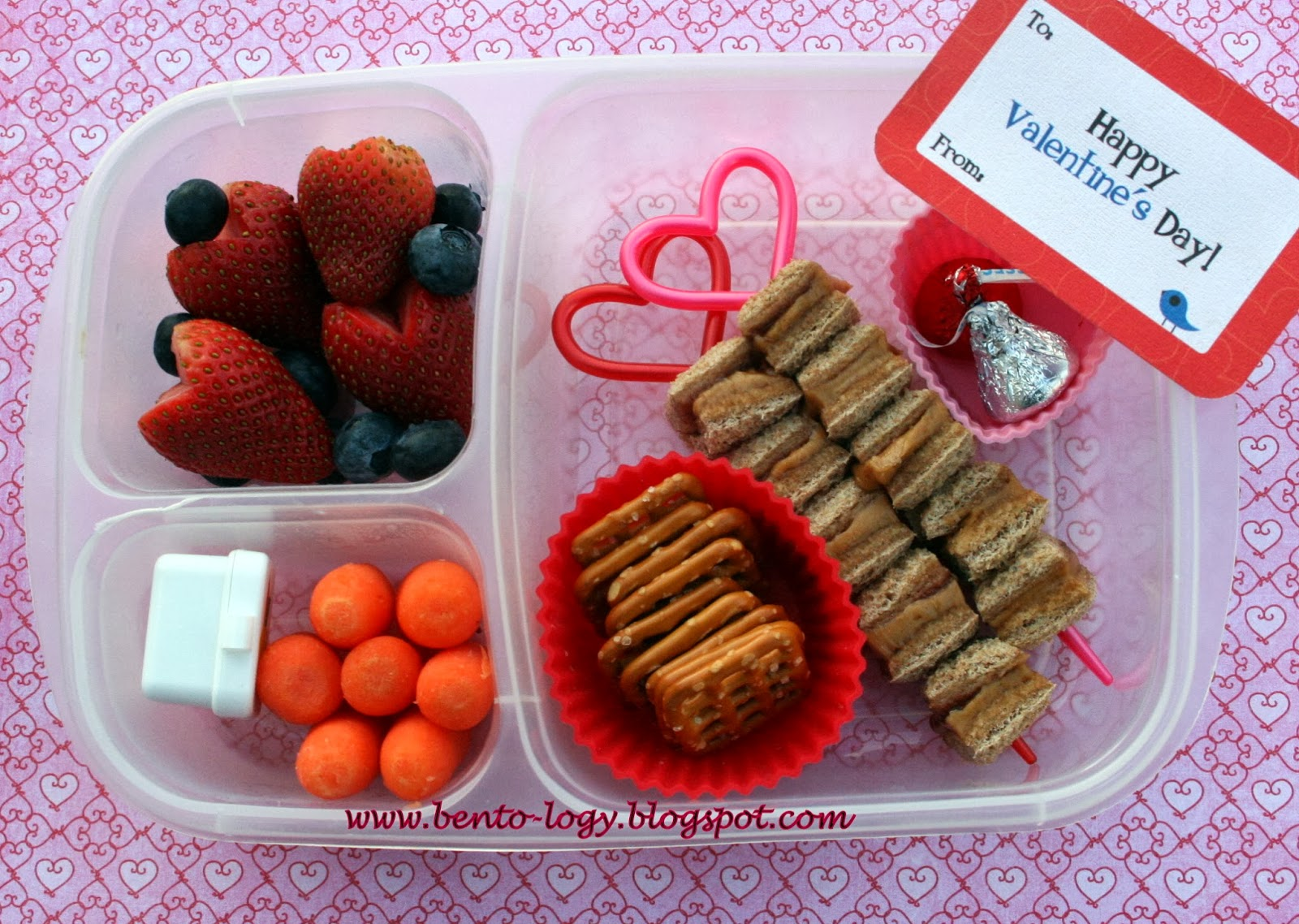 bento logy lunchbox love notes valentine 39 s giveaway. Black Bedroom Furniture Sets. Home Design Ideas