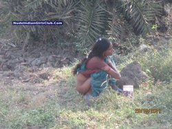 Sey Indian Two Telugu Aunty Pissing At Outdoor Jungle And Eposed Her
