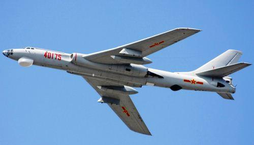 Pembom H-6K China