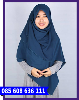 hijab segi empat ke kampus