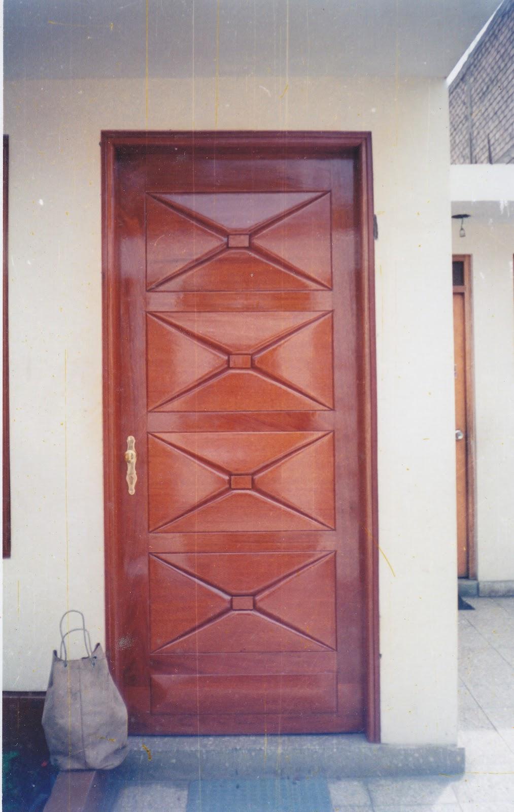 Puertas de madera puertas madera for Puertas principales modernas en madera