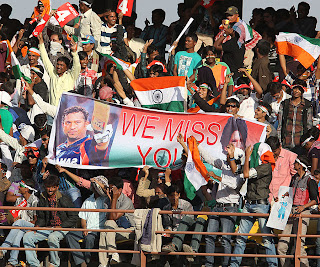 Crowds-show-their-support-for-Sachin-Tendulkar-INDIA-V-ENGLAND-1st-ODI-2013