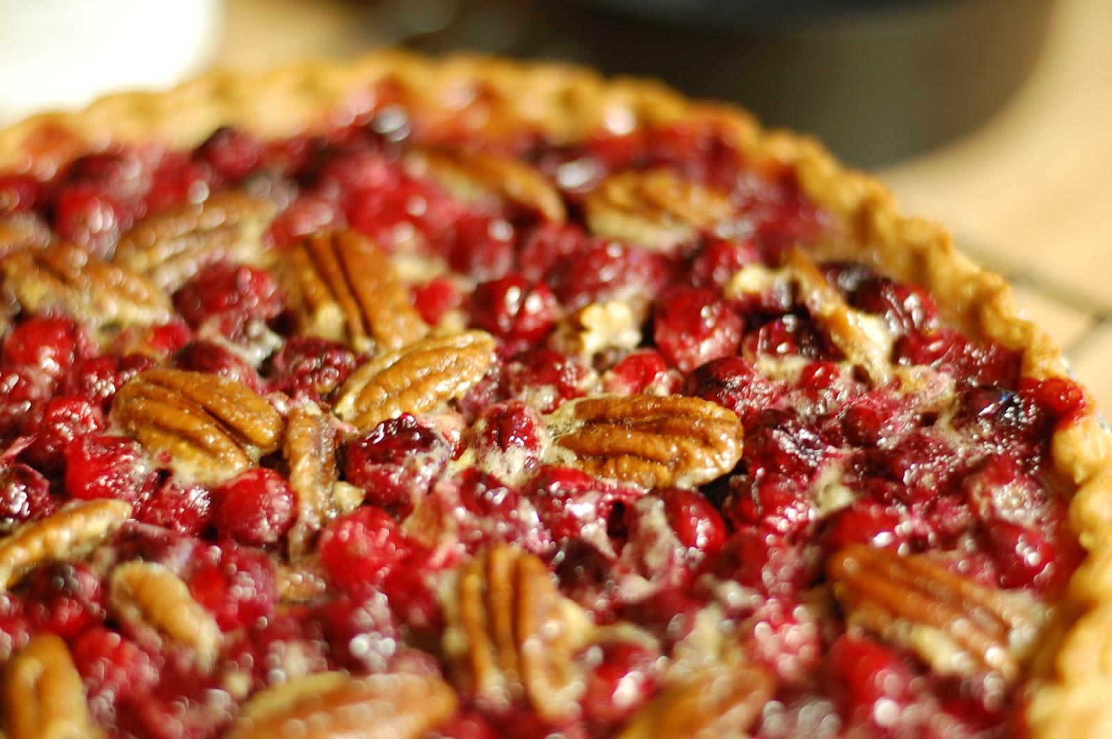 PrettySweet: Cranberry Pecan Pie