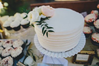 Cutting cake & cupcakes from Cake Tahoe l Gatekeeper's Museum Tahoe l Sun + Life Photo l Johnny B Video l Take the Cake Event Planning