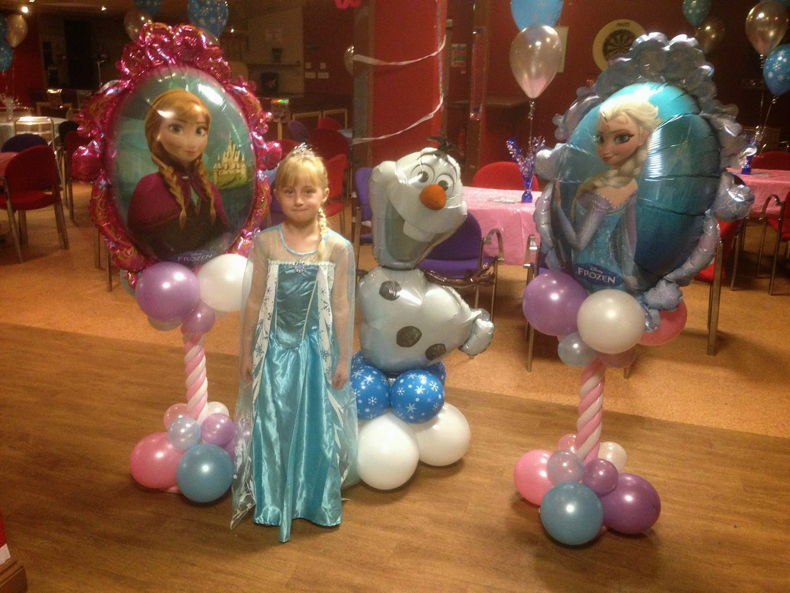 Enchanted weddings events bristol frozen party balloon for Balloon decoration ideas for kids party