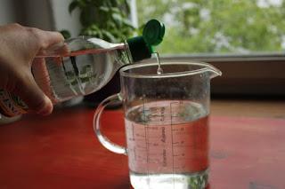 Cómo limpiar tu casa con vinagre