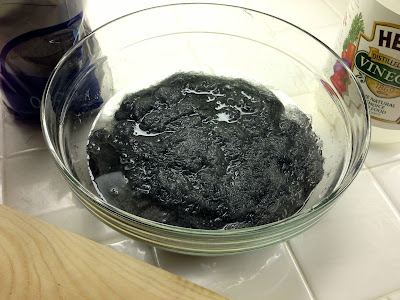 DIY steel wool vinegar stain wood oxidizing solution before
