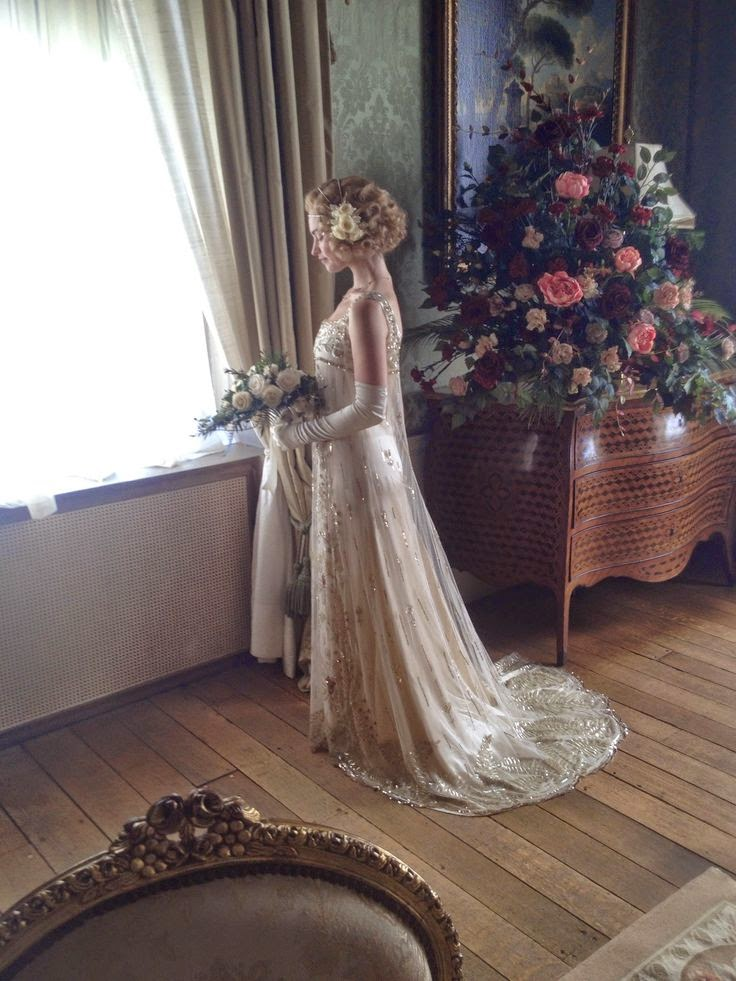 Ciao newport beach the 20 39 s are roaring on downton abbey Downton abbey style wedding dress
