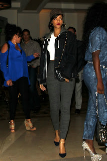 Rihanna hot in grey tight pants