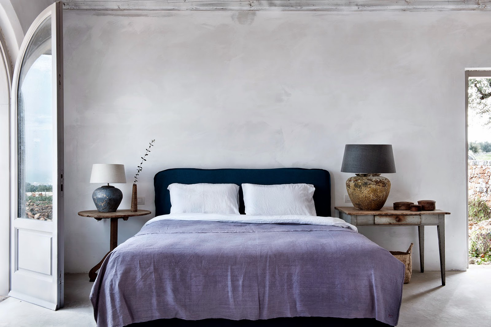 serene bedroom with lovely lamps