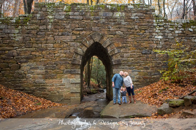 Family picures at poinsett bridge