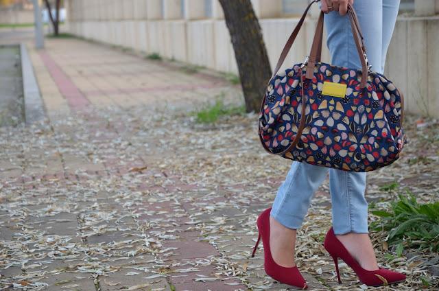 look-azul-rojo-jersey-lana-jeans-camisa-blogger-tendencia-masculina