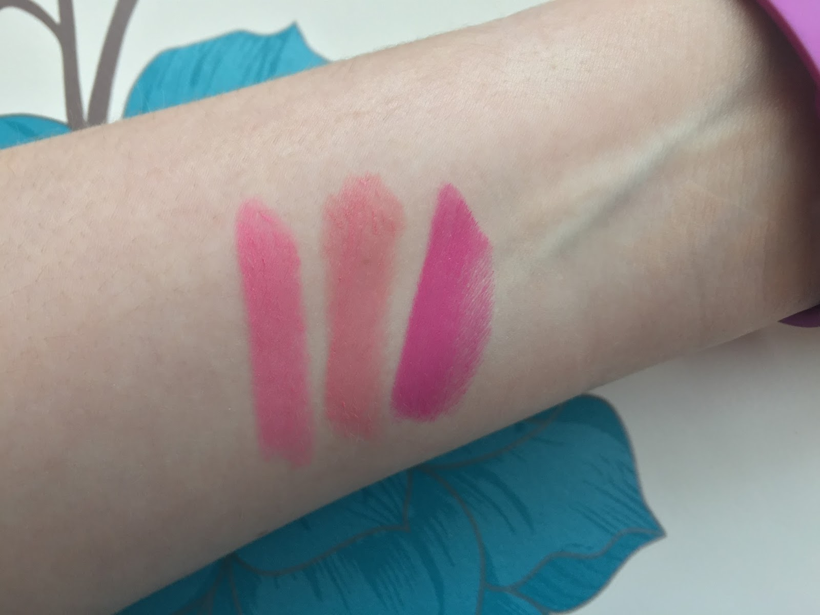 L'Oreal Color Riche Lipsticks Swatched