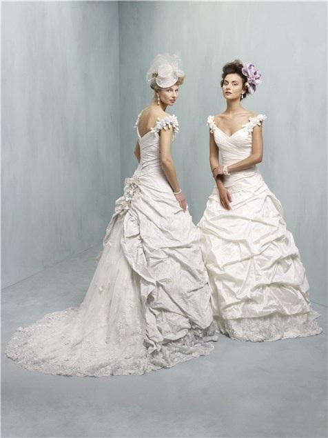 Ian Stuart 2013 Wedding Dresses