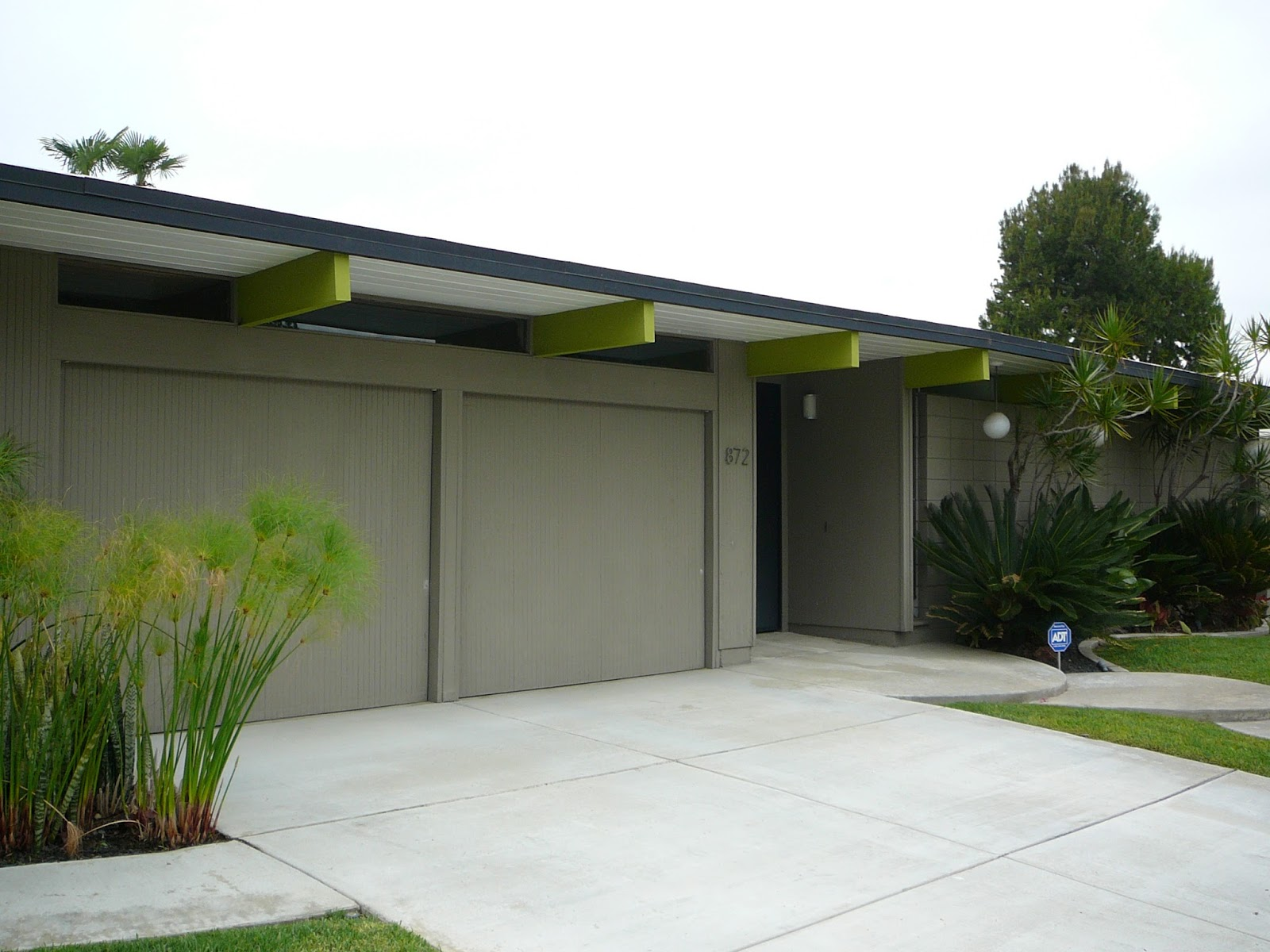 Orange County Structure: Mid-Century Modern Eichler Houses in the ...
