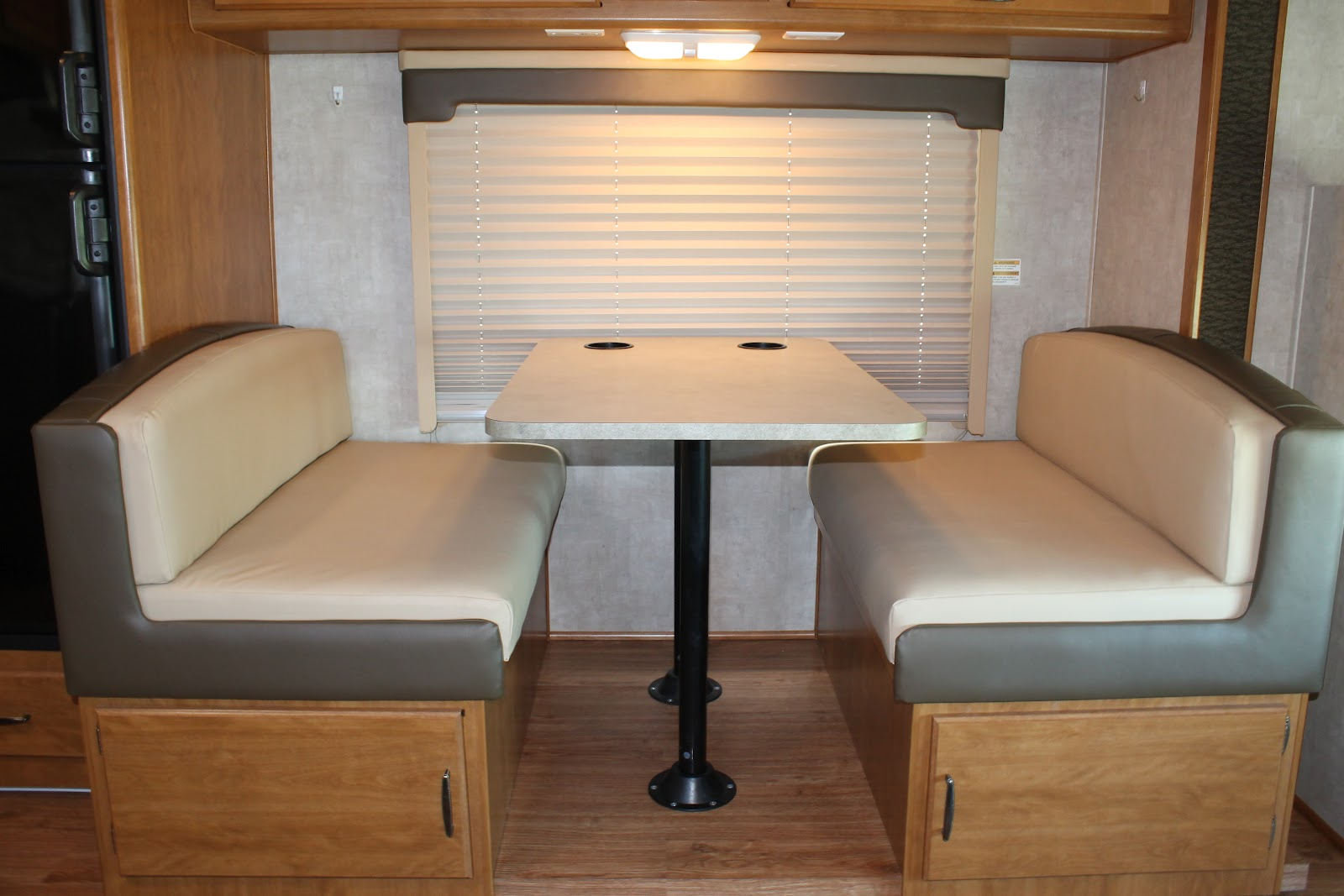 Countryside interiors transforming rvs and trailers for Dinette furniture
