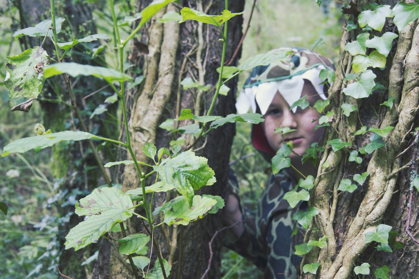 dinosaur, into the woods, photography, blogger, plymouth, costume, harry, george, thomas, alfie, trex, world,