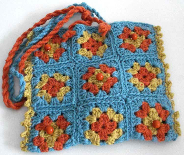 Free Crochet Granny Square Scarf Patterns : BeadBag: Granny Square Scarf and Bag - free crochet pattern