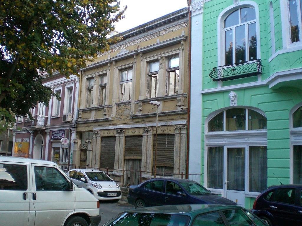 Стари Хотели