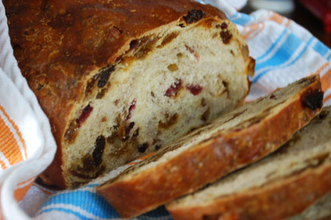 Cranberry Walnut Bread for Christmas | Cake Zone