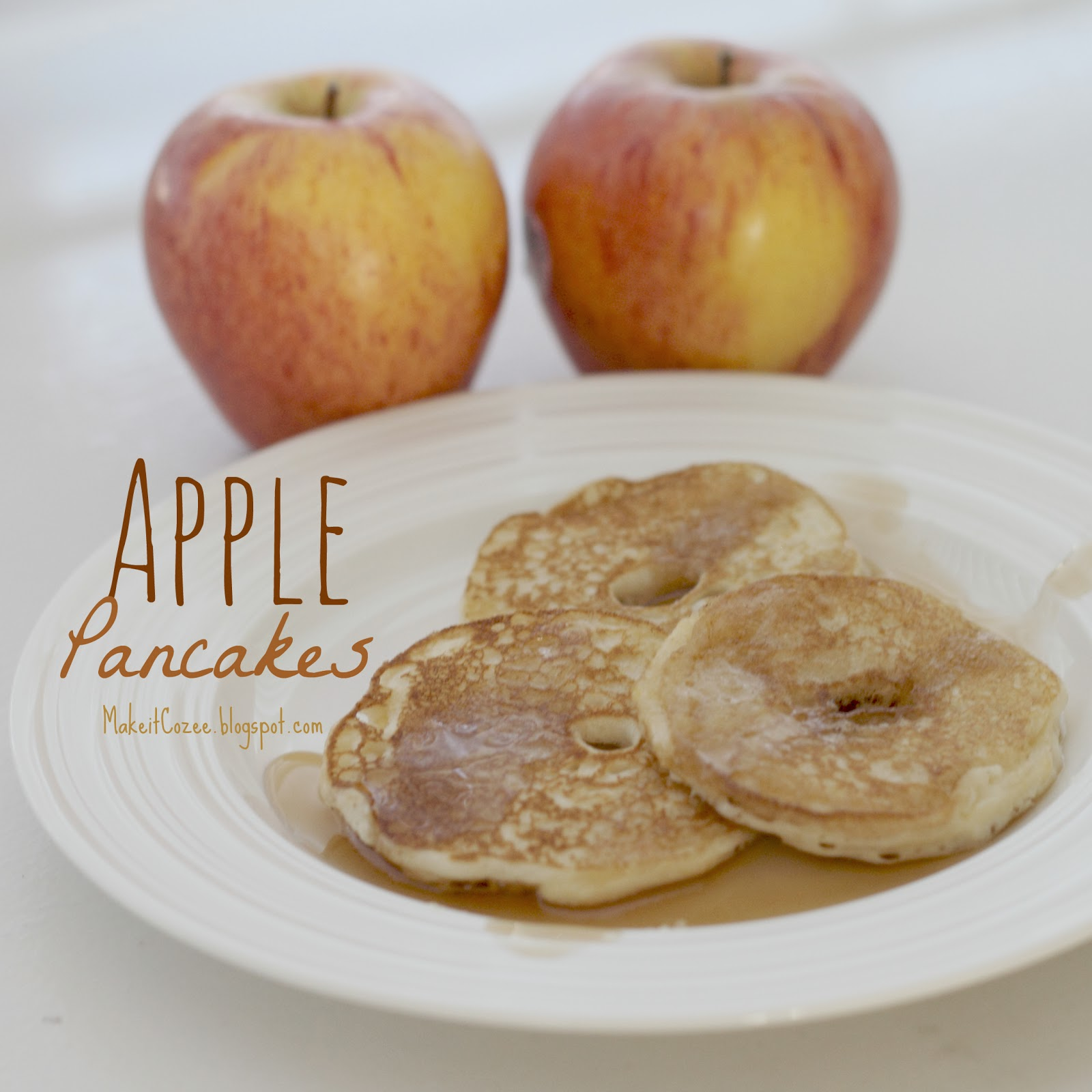 Make it Cozee: Recipe: Apple Pancakes
