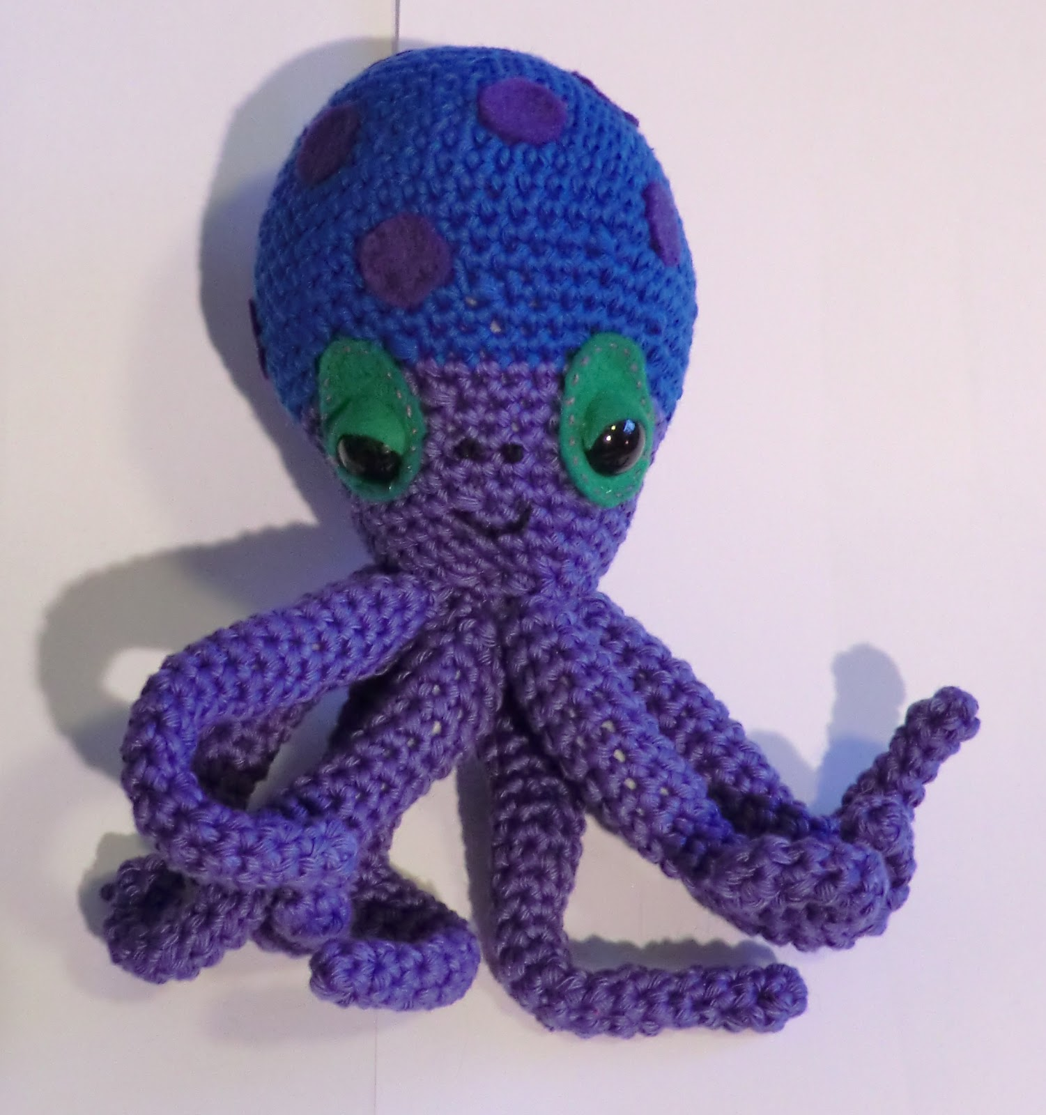 Amigurumi Octopus Anleitung : Amigurumi Barmy: Fins and flippers