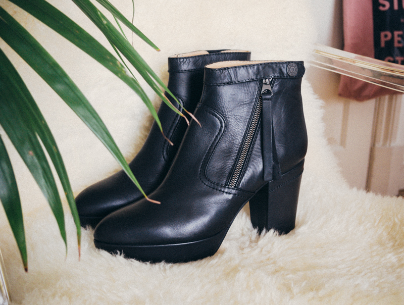 acne track boots black