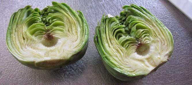 Platos de cuchara: alcachofas con salsa de jamón