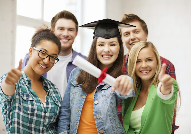 Scholarships and Financial Aids for MBA Aspirants