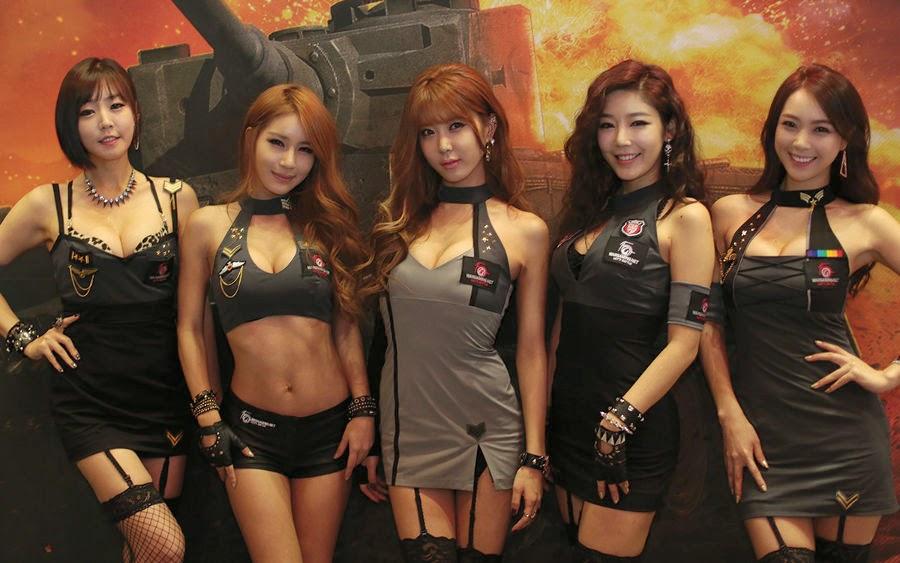 photo of girls танки № 31769
