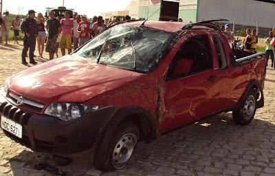 http://3.bp.blogspot.com/-SyOpE_WO9O4/T1VgQDH5loI/AAAAAAAAh14/BUYEeIF2Xsg/s1600/caminhonete+vermelha+2.JPG