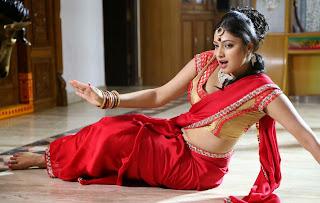 Hari Priya in Lovely saree Blouse Stunning Pics movie Stills