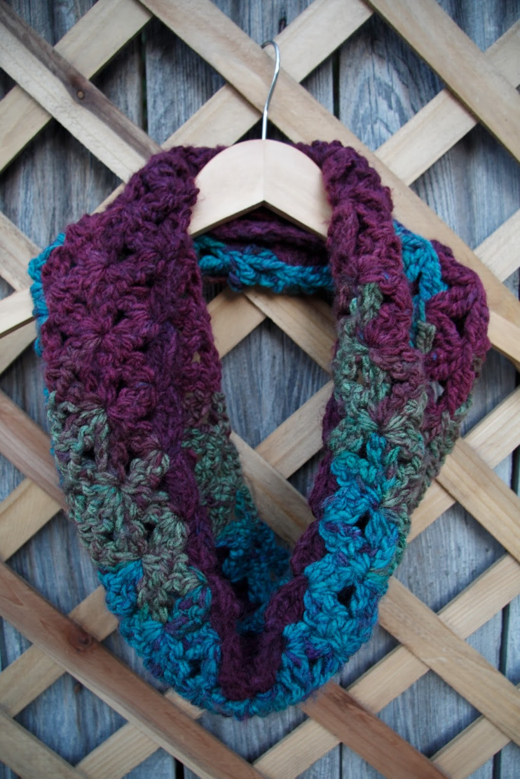 Fancy Loops And Threads Knitting Patterns Adornment - Blanket ...