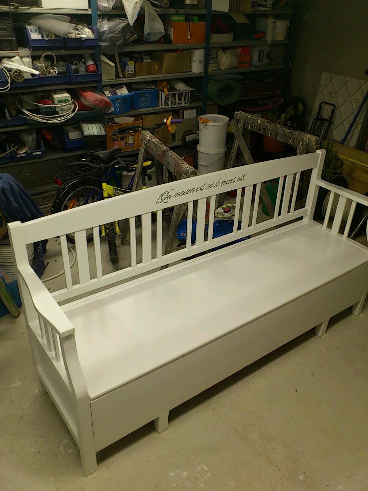 Gammalt Koksbord Till Salu : Maria, livet & gamla grejer Mobler till salu