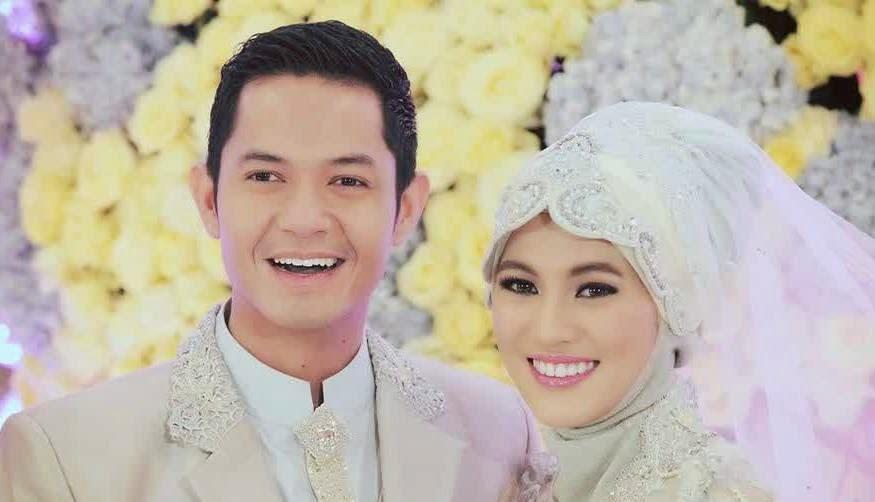 Foto pengantin baru muslim marriage