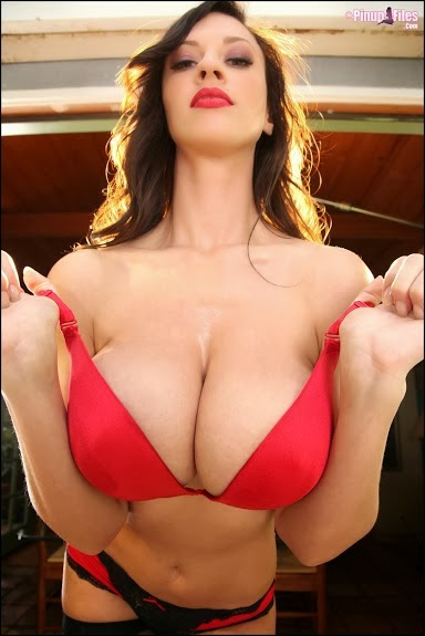 lactating escorts uk mother