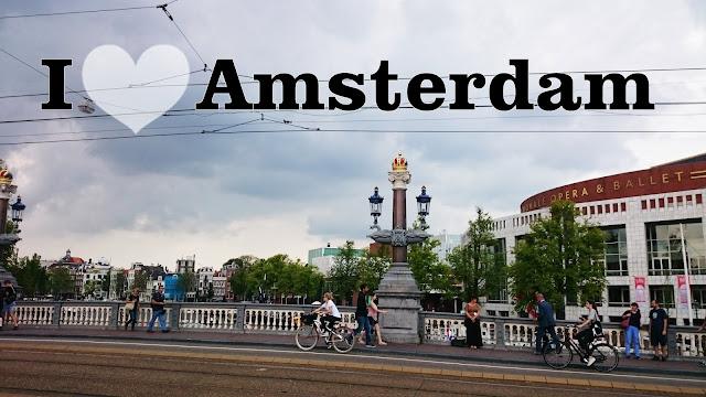 Amsterdam, czas tylko we dwoje, jak znależć czas dla siebie przy dzieciach, życie nocne w amsterdamie, amsterdam nocą,blog wnętrza DIY podróze