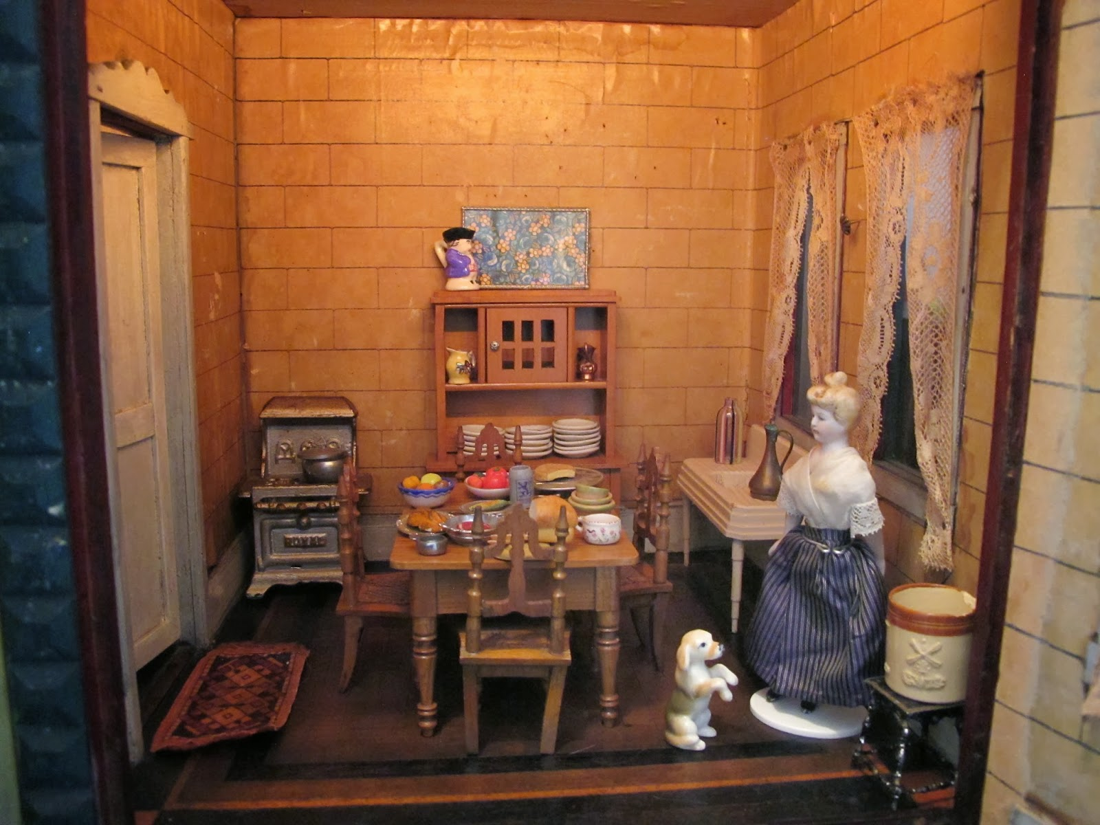 Susan S Mini Homes Here Is My F A O Schwarz Mystery Doll House