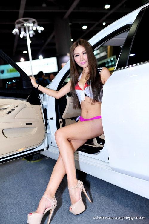 Màu hồng cám dỗ - Car model