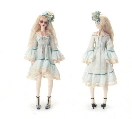 Information on sewing patterns for lolita dresses? - Yahoo!7 Answers