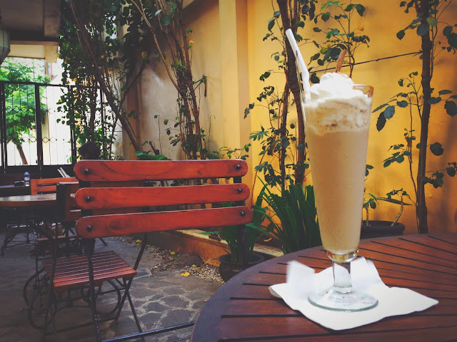 Ice latte at Ministry of Coffee