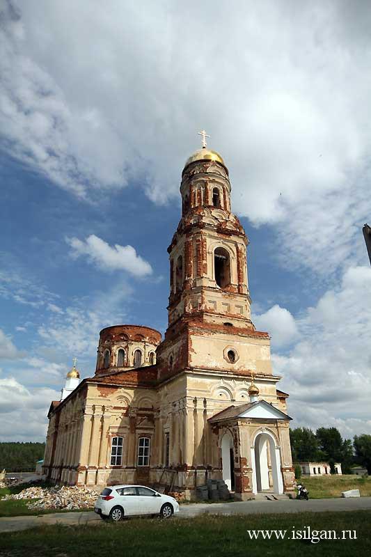 Собор во имя Архистратига Божия Михаила. Село Маминское. Свердловская область.
