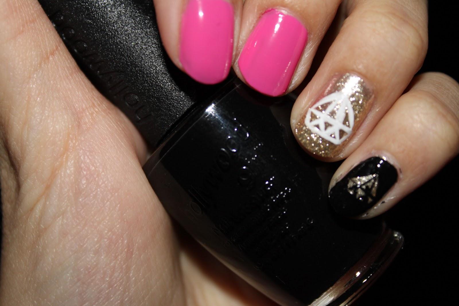 SARA NAIL: OPI Pink black Gold Diamond Nail Art Diamond Drawing Nail Art