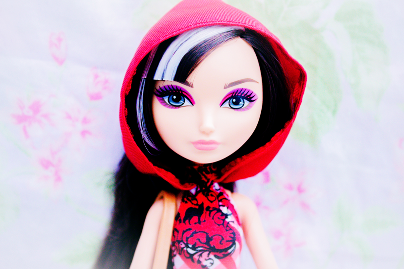 Cerise Hood enchanted picnic