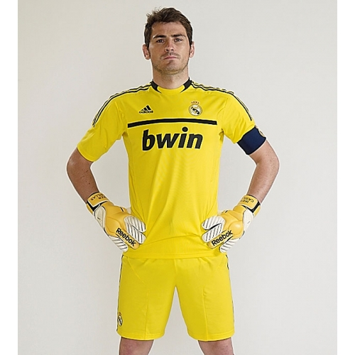 Iker Casillas Real Madrid  Wallpaper  2012