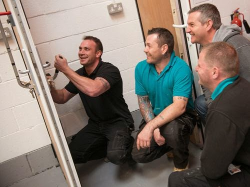Head Trainer Craig teaching a locksmith training course