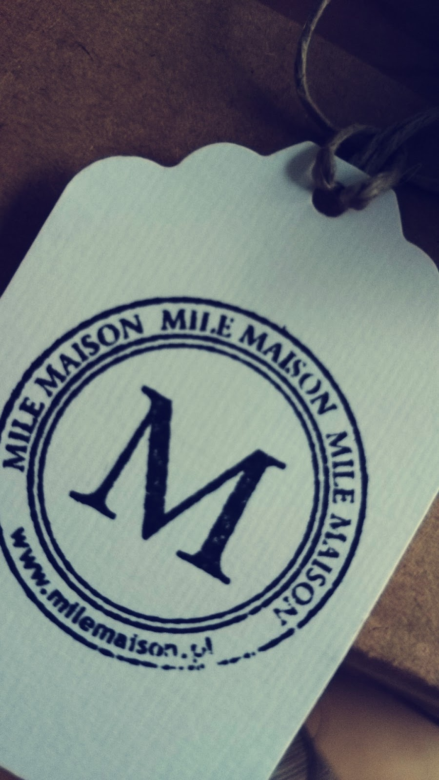 Etykietka sklepu Mile Maison